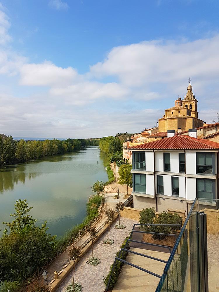 Views of the river Ebro in Briñas